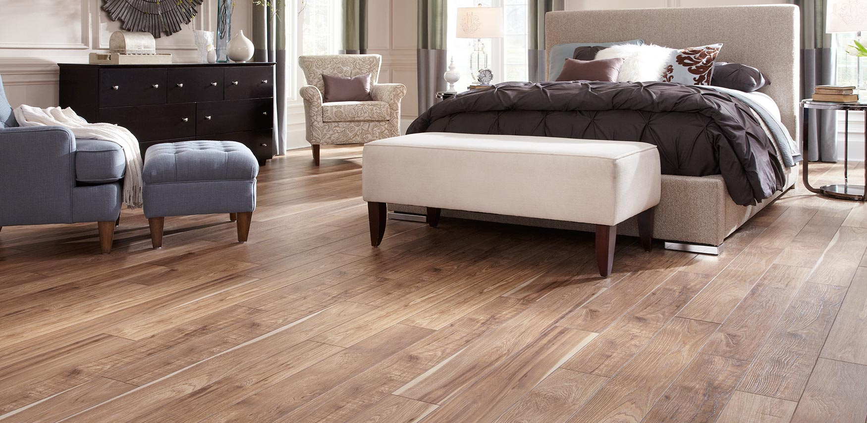 Laminate Flooring Vs Wood Custom Home Interiors